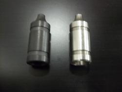 Oil pressure valve V8